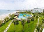 Resort-the-Sailing-Bay-Beach