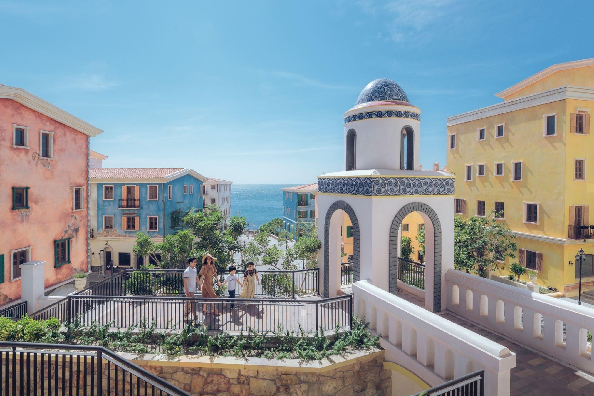 Thị Trấn Địa Trung Hải Trong Tương Lai